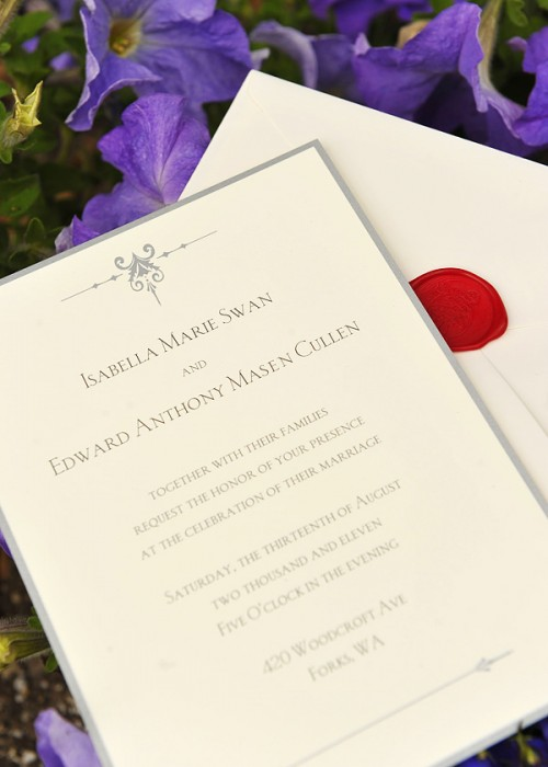 'Breaking Dawn: Part 1′ Edward and Bella Official Wedding Invitation – PHOTOS