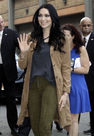 Orange Is The New Black Season 4 Spoilers And Premiere: Does Alex Vause Die, Laura Prepon Exiting Netflix Drama?
