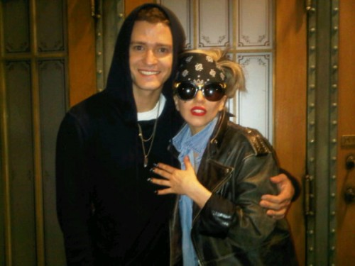 May 20, 2011 – Justin Timeberlake and Lady Gaga Do SNL – Videos