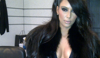 Kim Kardashian Cleavage on Twitter