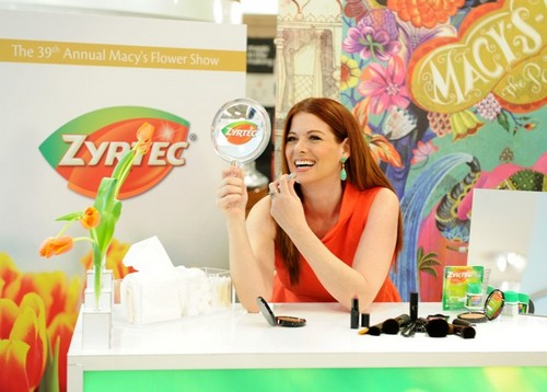 Actress and allergy sufferer Debra Messing teamed up with Zyrtec to combat Allergy Face at the Macy's Flower Show in New York
