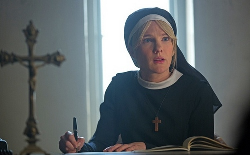"American Horror Story Freak Show Season 4, Episode 10 Review ""Orphans"""