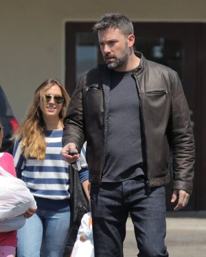 Ben Affleck, Jennifer Garner Divorce: Ben Caught Cheating On Wife With Their Nanny Christine Ouzounian!