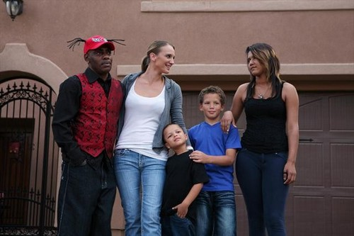 Celebrity Wife Swap 2013 Coolio and Mark McGrath Preview 3/5/13 - Season 2
