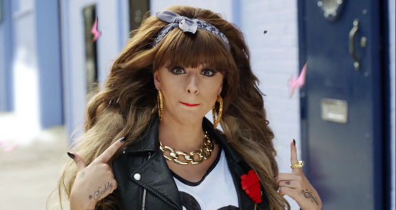 Cher Lloyd Goes Paltinum With Her Hit Single 'Want U Back', And Announces Next Song Release