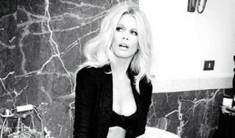 Claudia Schiffer Strips To Her Underwear for New Guess Ad (Photo)