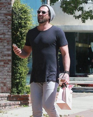 Dancing With The Stars Maksim Chmerkovskiy Disses Producers And Hope Solo – Confesses He Hooked Up With Willa Ford