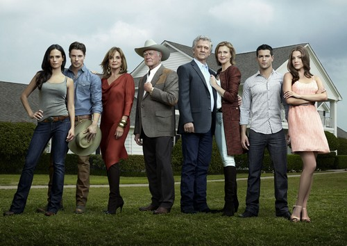 Dallas-cast-fighting