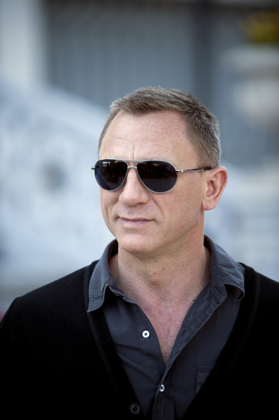 Daniel Craig To Open Olympics With Helicopter Jump