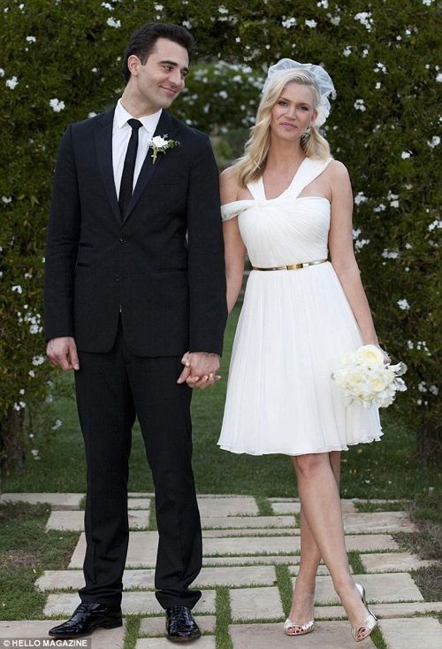 Natasha Henstridge Got Married on Valentine's Day! (Secret Wedding Photos)
