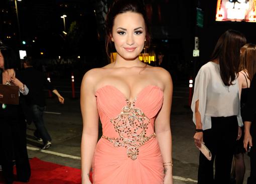 Demi Lovato Feuds With Perez Hilton Over Lindsay Lohan