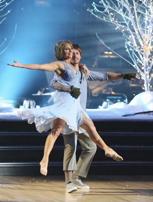 Dorothy Hamill Leaves DWTS: Dancers and Fellow Contestants' Reactions HERE!
