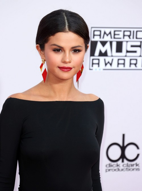 Selena Gomez Moving On From Justin Bieber