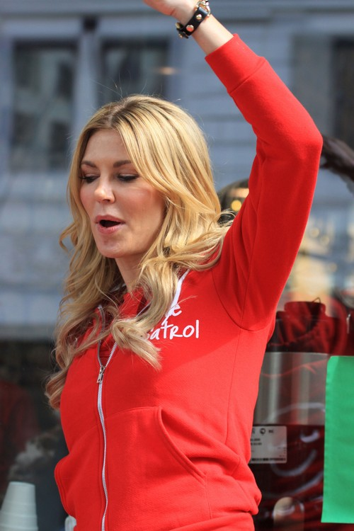 Brandi Glanville Fighting With Kate Gosselin On Celebrity Apprentice Set:Drinking And Popping Pills To Cope With Stress Of Show
