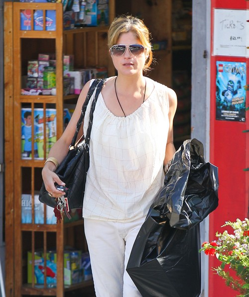 Selma Blair Shops At A Toy Store