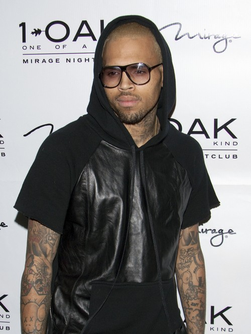 Chris Brown's Plane Forced To Make Emergency Landing