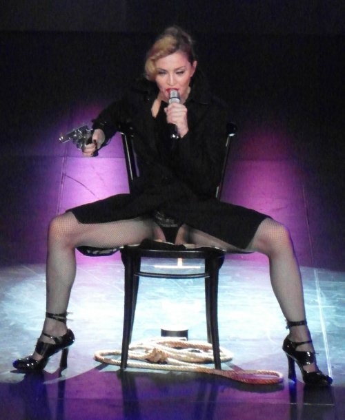 Madonna and Other Stars &#8211; New Year&#8217;s Resolutions We Wish They&#8217;d Make