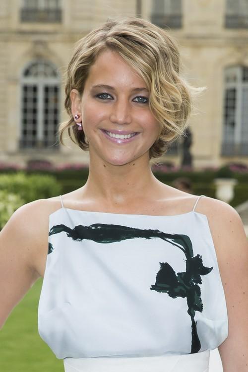 Jennifer Lawrence Dating Chris Martin - Report