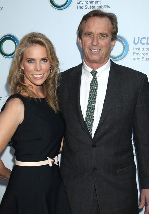Cheryl Hines Just A Lap Dog For Robert F. Kennedy Jr. Says Chelsea Kirwan