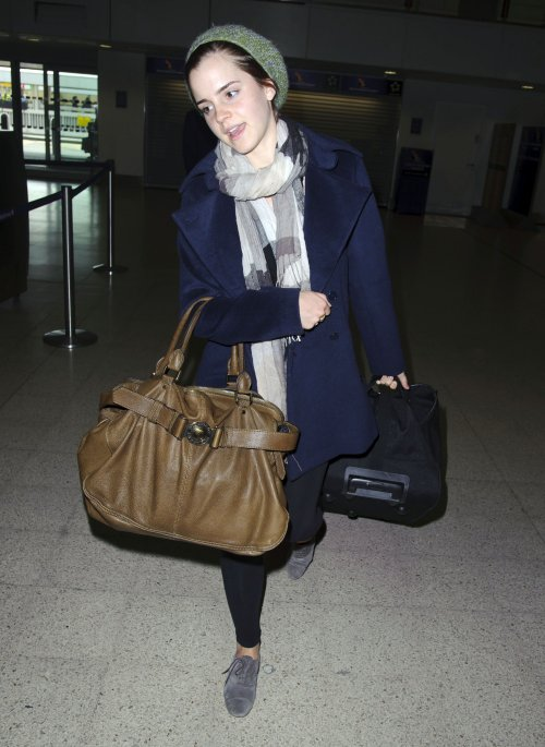 Emma Watson Stopped at Immigration for Being Too Cute!