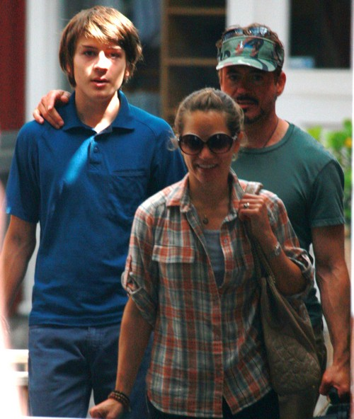 Robert Downey Jr. And Family Out Shopping In Brentwood
