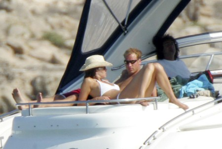 Kate Middleton And Prince William Honeymoon Photos Released, Royal Couple Outraged! (Photos) 0711