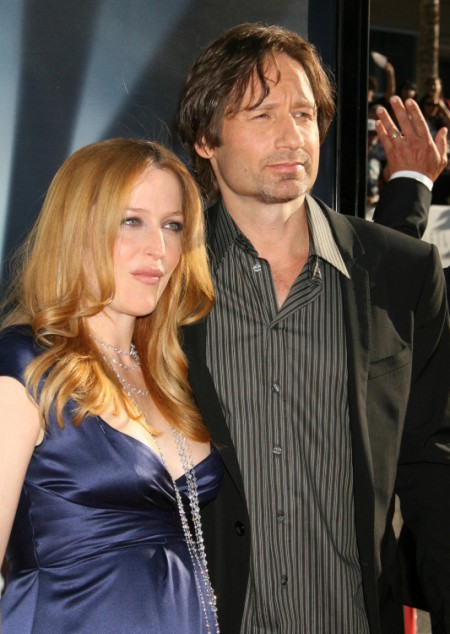 Celebrity Hookup: Is Gillian Anderson Living With David Duchovny?