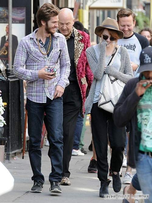 Exclusive... Andrew Garfield Celebrates Birthday With Emma Stone On London Sightseeing Tour
