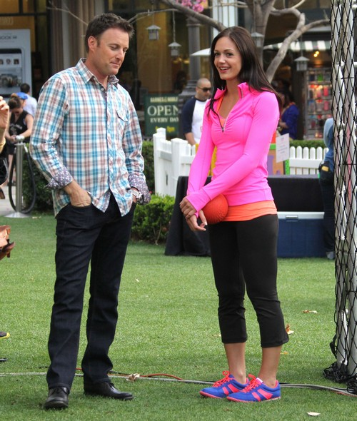"""The Bachelorette"" Desiree Hartsock Filming In Glendale (Photos)"