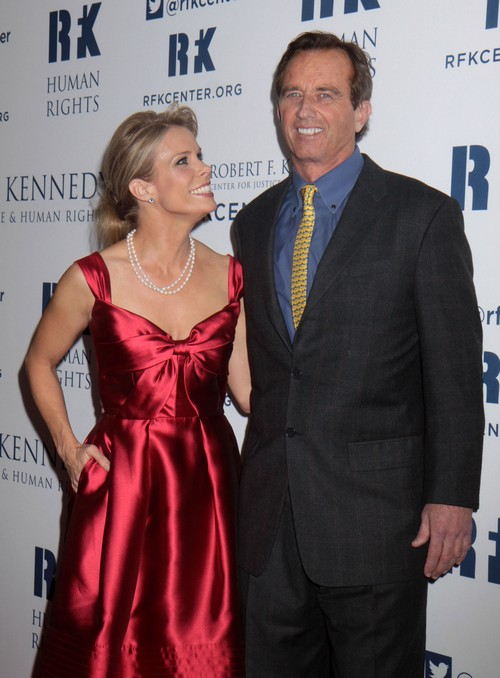 Cheryl Hines Postpones Robert Kennedy Jr Wedding After Cheating Rumors Explode