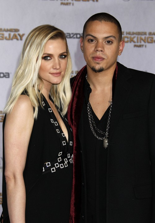 Ashlee Simpson And Evan Ross Are Expecting Their First Child Together