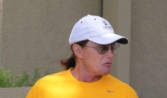Bruce Jenner Getting Close To Cher, Leaving Kris Jenner Feeling Threatened