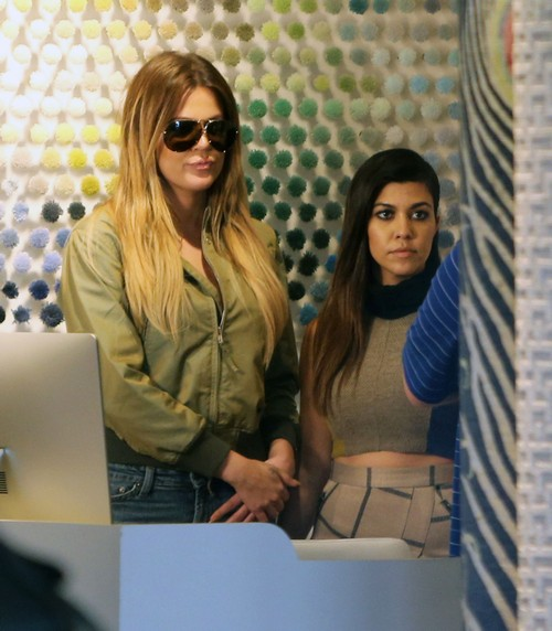 Kourtney Kardashian And Khloe Kardashian Being Banned From The Hamptons