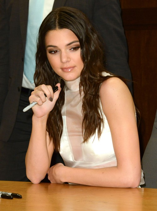 Kendall & Kylie Jenner Book Signing At Barnes & Noble