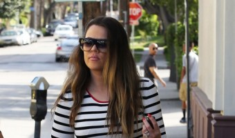 Exclusive... Khloe Kardashian Dines At On The Thirty