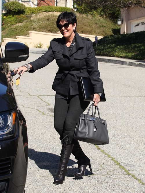 Kris Jenner Wears Diapers, Huh?
