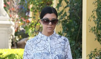 Kourtney Kardashian Lunches In Calabasas