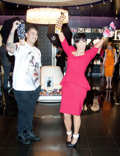 Kris Jenner and Son Rob Kardashian Party Like Rock Stars (Photos)