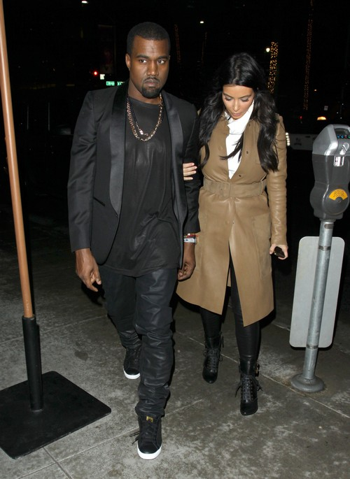 Kim Kardashian Pregnant! Kim and Kanye West Spotted Outside Ob-Gyn!