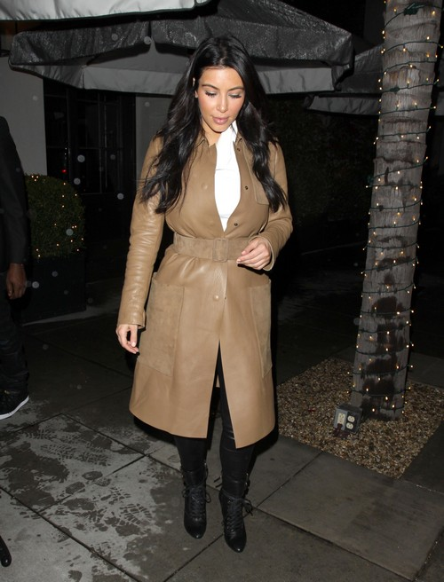 Kim Kardashian Pledges To Sandy Hook After Tragic Shooting