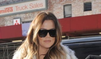 Kardashian Sisters Go Shopping In New York