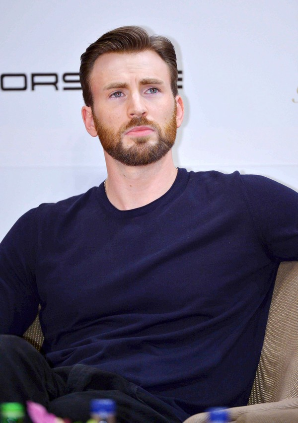 Chris Evans And Minka Kelly Dating Again - Report