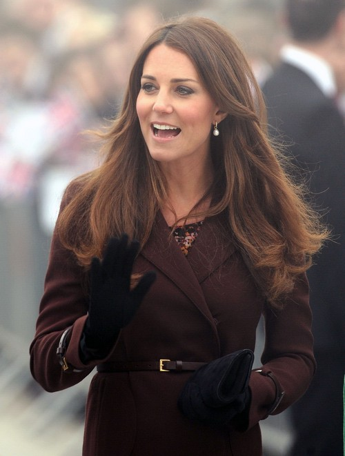 Kate Middleton Fighting with Queen Elizabeth Over Choice of Godparents