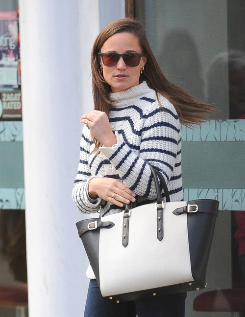 Exclusive... Pippa Middleton Steps Out For Lunch In London