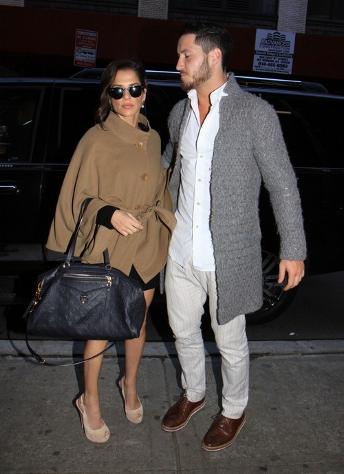 Showmance or Romance? DWTS Kelly Monaco &#038; Val Chmerkovskiy Arrive At The Wendy Williams Show (Photos)