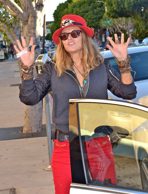Brooke Mueller Brings Peace To West Hollywood