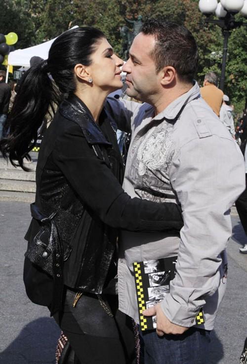 Teresa & Joe Giudice Indicted On Federal Fraud Charges ***FILE PHOTOS***