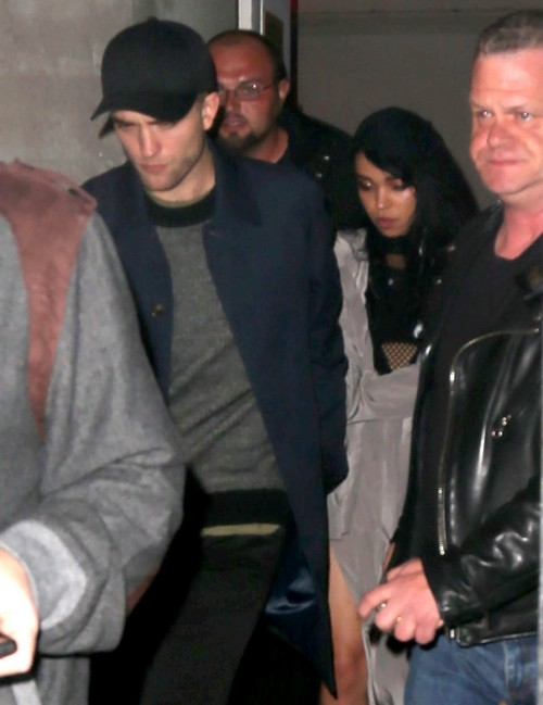 Robert Pattinson And FKA Twigs To Elope?