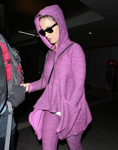 Katy Perry Arriving On A Flight At LAX