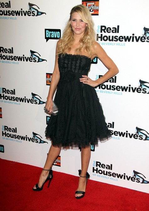 Real Housewives of Beverely Hills Brandi Glanville Admits To Whoring Herself Out!